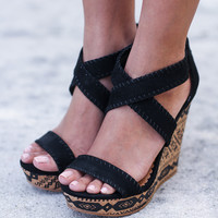 Remi Black Wedges