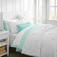 Berkeley Crinkle Beadboard Bedroom