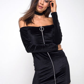 Anetha Bodycon Dress in Velvet Black by Motel