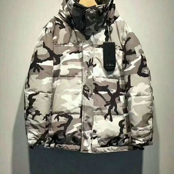 Moncler Down jacket on both sides Fashion men's jacket new discount / camouflage DCCK