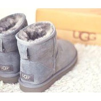 UGG Fashion Women Men Short Boots Shoes