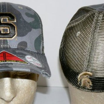 NCAA Officially Licensed Michigan State Spartans All-Star Apparel Camo Retro Stretch Pro-Pocket Baseball Hat Size M/L
