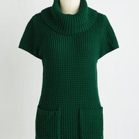 Minimal Long Cap Sleeves Crepe Expectations Sweater in Forest Green