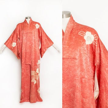 Vintage 1950s Kimono - Coral Textured Floral Printed Silk Japanese Robe 50s