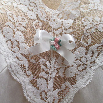 Vtg sz 50 lingerie, plus size full slip, lots of lace, white on white lace, full slip night gown, peek-a-boo slip, my slip is showing