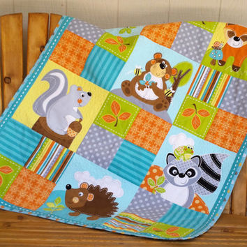 Super Cute! Baby/crib sized quilt with nursery animals