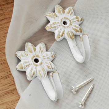 Eastern Mediterranean rural idyllic old white flower curtain buckles curtain clip hooks $2.43