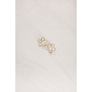 Judy Gold Pearl Flower Earrings