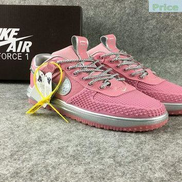 shoe fit NIKE LUNAR FORCE 1 LOW DUCK BOOT Pink Grey shoe