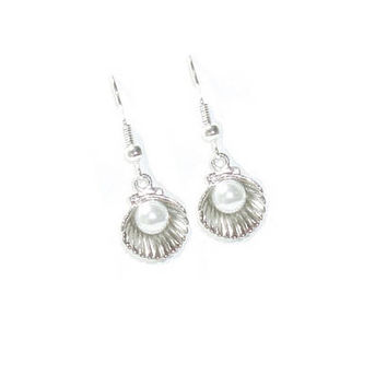 Silver Clam Shell Pearl  Earrings , White Pearl Earrings, Gift For her