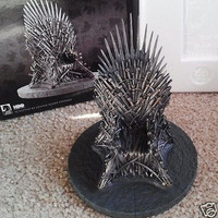 Game of Thrones 7 inch Iron Throne Statue HBO Dark Horse NEW