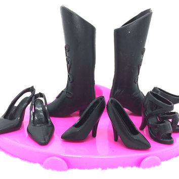 NK 4 pairs/Set Mix Style Black Doll Shoes Fashion  Boot Cute Heels Sandals For Barbie