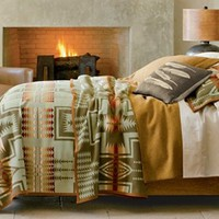 Harding Blanket Collection