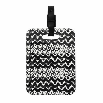 "MaJoBV ""Finger Scales"" Black White Decorative Luggage Tag"