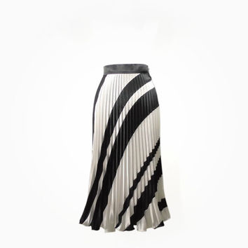 Black and white skirt optical inspired, half circle aline sunray pleats in satin, long elegant Italian creation