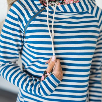 *Exclusive DoubleHood™ Sweatshirt - Blue Striped Floral