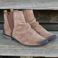 SZ 9 NAUGHTY MONKEY El Paso Tan Distressed Suede Booties