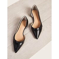 Croc Embossed Point Toe Flat Loafers