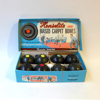 Vintage 1950s toy carpet bowls boxed set