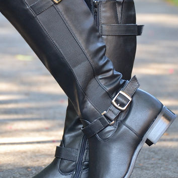 Walk With Me boots, black