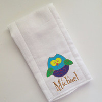 Baby Burp Cloth Embroidered with Owl and Baby's Name Personalized Spit Up Cloth Custom Burp Cloth