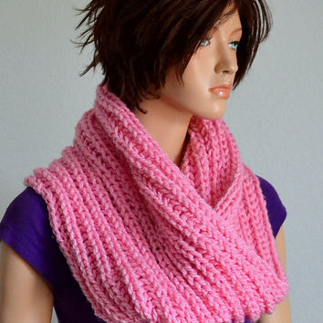 Infinity Cowl/ Unisex Knitted Cowl Pink