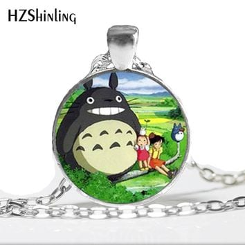 1 PC Free Shipping My Neighbor Totoro Necklace, Totoro Pendant, Anime Jewelry bright silver Glass Dome Necklace HZ1