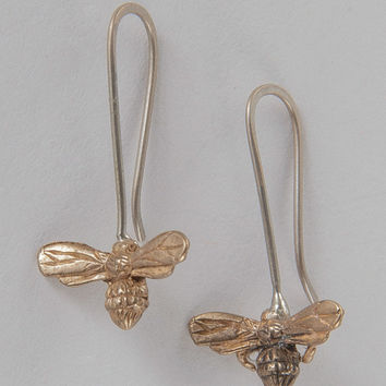 ERS CREATIVE Small Bee Earrings
