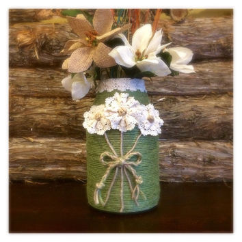 Rustic Jute Wrapped Vase, Green Twine Wrapped Vase, Green Jute Vase with lace flowers, Housewarming Gift, Rustic Home Decor