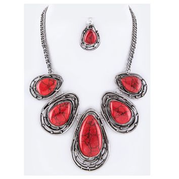 Stunning Wire Art Deep Coral Stone Necklace Set