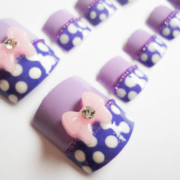 Minnie Mouse Purple Polka Dot Fake Nails for Toes by niceclaws