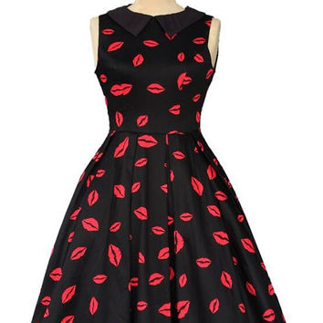 Vintage Flat Collar Sleeveless Lip Print Dress