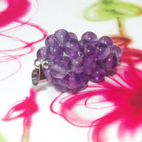 Amethyst grapes pendant (bunch of grapes)