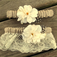 Garter - Burlap and Ivory lace Bridal Garter Set, Wedding Garter, Rustic Fall Wedding Toss Garter, Brides garter