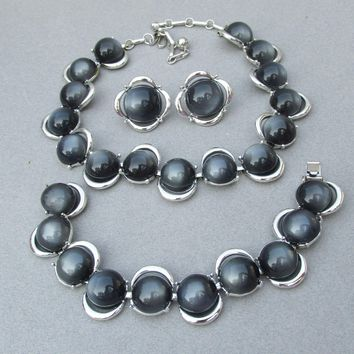 MINT! 1950's Vintage Dark Gray Moonglow Thermoset Signed CORO Parure, Necklace, Bracelet, Earrings Set