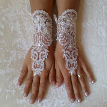 luxury ivory Wedding Gloves Sparkles Stones Lace Wedding Accessory Bridal accessory Fingerless Gloves Ivory prom party bellydance
