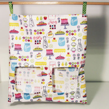 Bunny Feed Sack, Cloth Rabbit Hay Bag, Guinea Pig Feeder Sack - Pies and Cakes