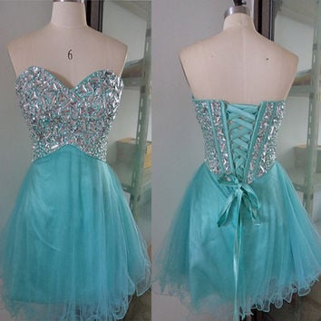 Sexy Sweetheart Neckline Stunning Rhinestones Lace-up Back Short Prom Dress Homecoming Dress ET049