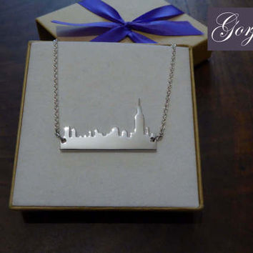 Silver New York Skyline Pendant Necklace