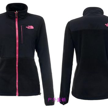 THE North Face New winter women black plus velvet jacket to keep warm