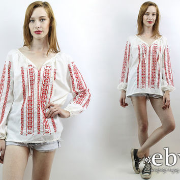 Vintage 70s White + Red Mexican Embroidered Top M L Hippie Top Hippy Top Boho Top Festival Top Mexican Top Hippie Tunic