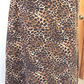 Vintage 80's Handmade A-Line Below the Knee Skirt in Leopard Print Moleskin, Classic Simple Elegant Ladies Fashion Animal Print Gift for Her