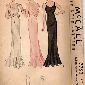 1930s McCall 7732 Vintage Sewing Pattern Full Evening Slip Lingerie Negligee Ruffle Hem Shoulder Straps Bust 32
