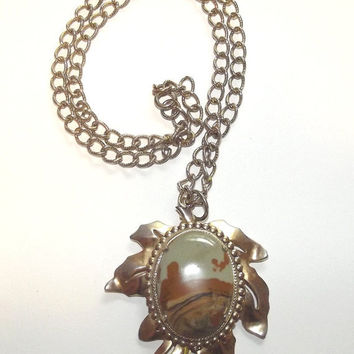 Vintage 70s Jasper Agate Cabochon OAK Leaf Large Pendant STATEMENT Goldtone Necklace BOHO Hippie