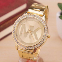 Fashion Hot Vintage Quartz Classic Watch Round Ladies Women Men wristwatch