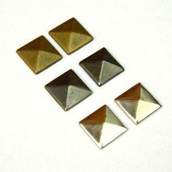 Set of 3 Pyramid Stud Earrings Silver Gunmetal Bronze