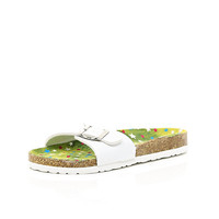 River Island Girls white footbed sandals