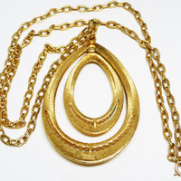1970's Mod Trifari Pendant on Skinny Chain Necklace - Goldtone Modernist Vintage - Retro Era