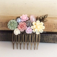 Wedding Hair Comb Pink Blush Ivory Sage Green Lilac Bridal Headpiece Flower Collage Leaf Vintage Style Romantic Garden Soft Pastel PM
