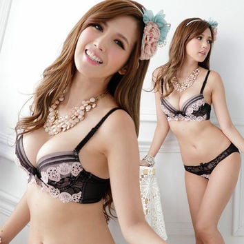 Round Floral Crochet Design Push-Up Bra and Panty Set Lingerie